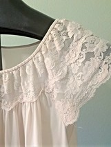 Vintage Gilead Women's Sz M Silky Nightgown Lace Cap Sleeve Pink - $23.36