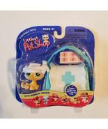 Littlest Pet Shop Kitten w/First Aid Bag LPS Portable Pet #94 Hasbro Ret... - $35.64