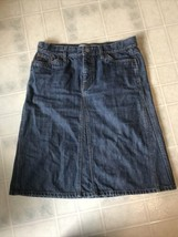 Gap jeans Womens Dark Denim Skirt Sz 4 Knee Length No Slit Modest - $25.98