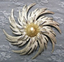 "VTG SARAH COVENTRY 3"" SWIRL SPIRAL FLOWER BROOCH PIN SILVER TONE w FAUX ... - $9.69"