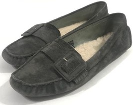 Ugg Australia Slip On Gray Leather Shoes 5767 Women Adult Size US 8 / EU 39 - $959,86 MXN