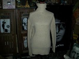 GAP Cool Peanut Knit Turtleneck Sweater Size M - $9.90