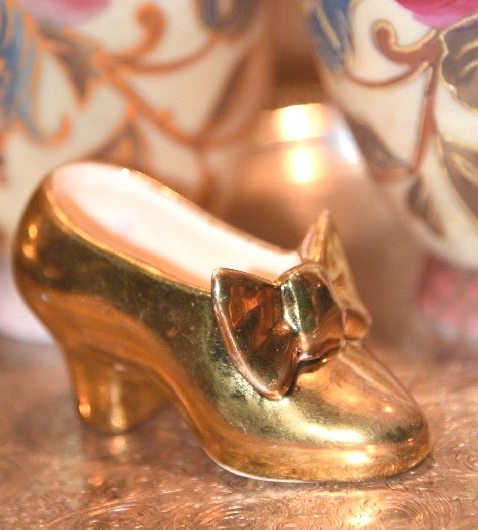 Primary image for ANTIQUE PORCELAIN LADY SLIPPER SHOE GOLD GILT LOUIS HEEL POTTERY WELLSVILLE USA