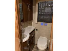 2016 Newmar KING AIRE 4519 Class A For Sale In Frankfort, KY 40601 image 15