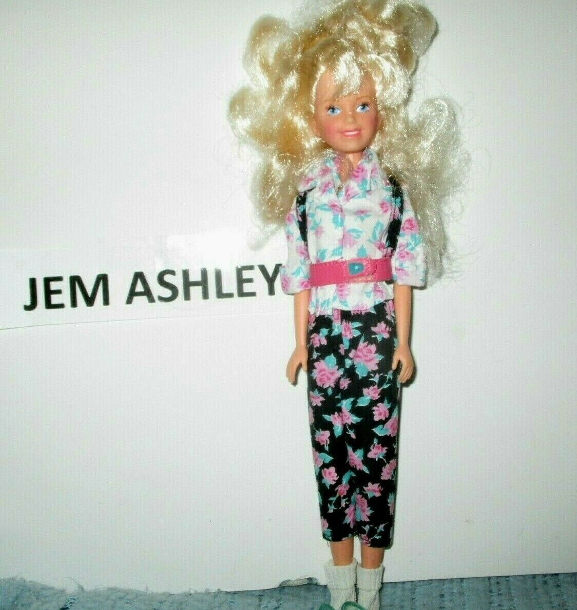 Primary image for 1987 Hasbro Jem Ashley of the Starlight Girls Curly Blonde Haired Girl Doll