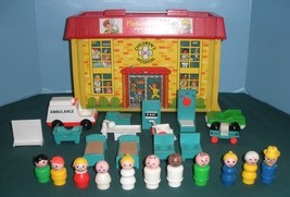 Vintage Fisher Price Play Family #931 Hospital Complete + Bonus/VG++-EXC... - $175.00