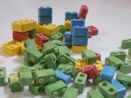 CONCORD Building Blox Blocks Candy (2 Pound Bag) - $18.51