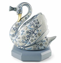 Lladro Retired 01001942 The swan princess (enamels) New Box 1942 Limited... - $3,109.35