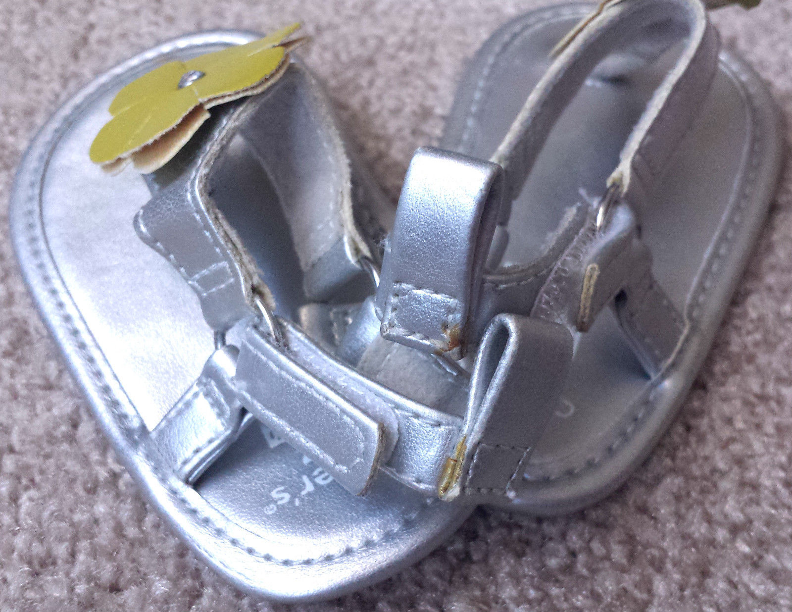Baby Girl's Size 1 Carter's Silver Sandals Yellow Floral Designed W/ Rhinestones
