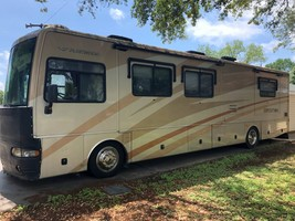 2006 Fleetwood Expedition For Sale In Groves, TX 77619 image 1