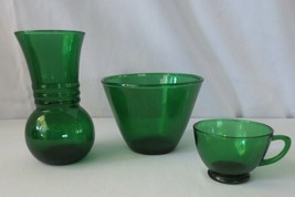 Vintage ANCHOR HOCKING Forest Green glass vase, cup and Ice Bucket Tub - $50.00