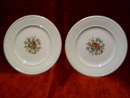 """Wedgwood Conway set of 2 luncheon plates 9"""" - $12.82"""