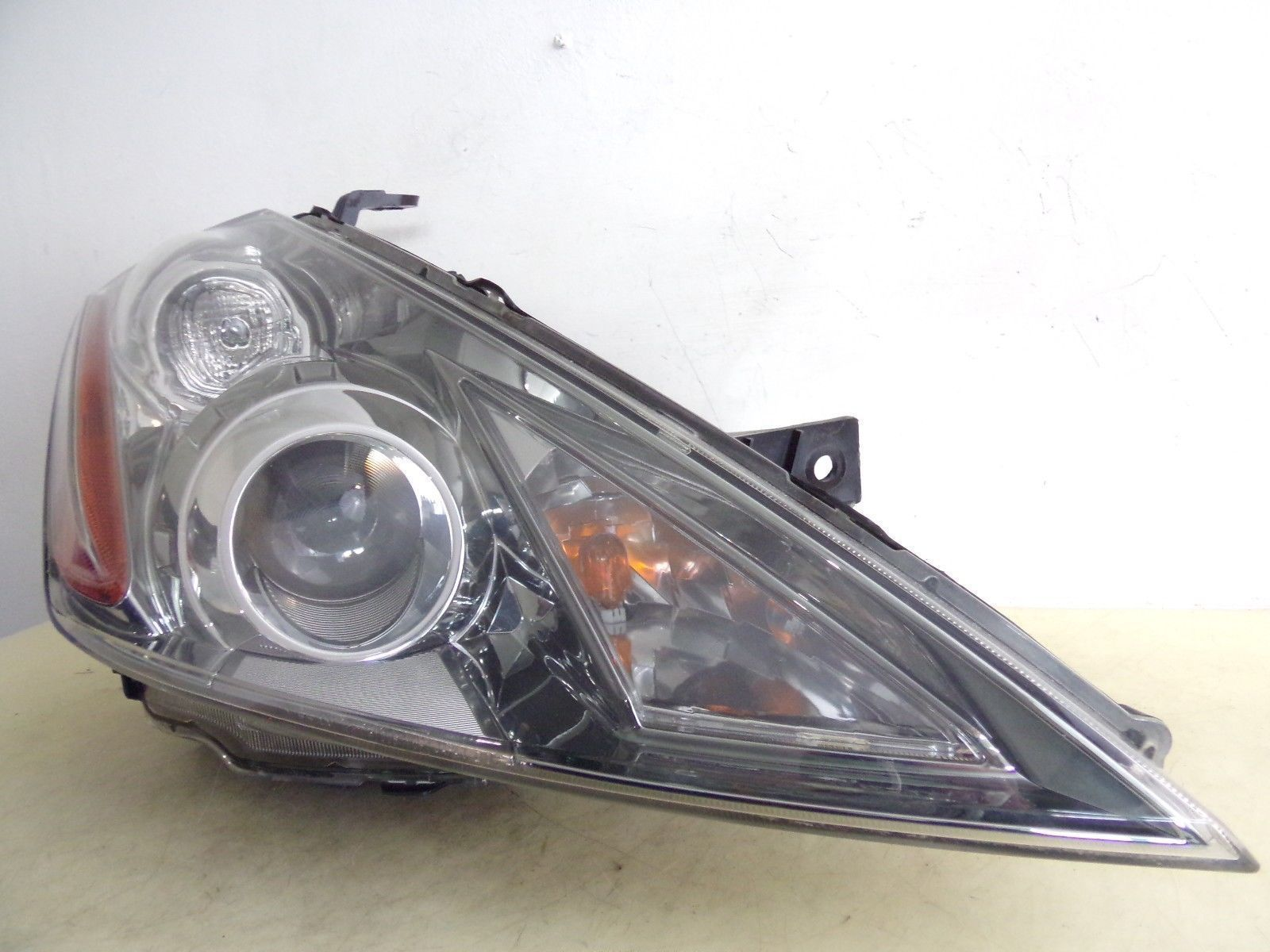 Primary image for 2006 2007 NISSAN MURANO RH PASSENGER XENON HID HEADLIGHT OEM 44