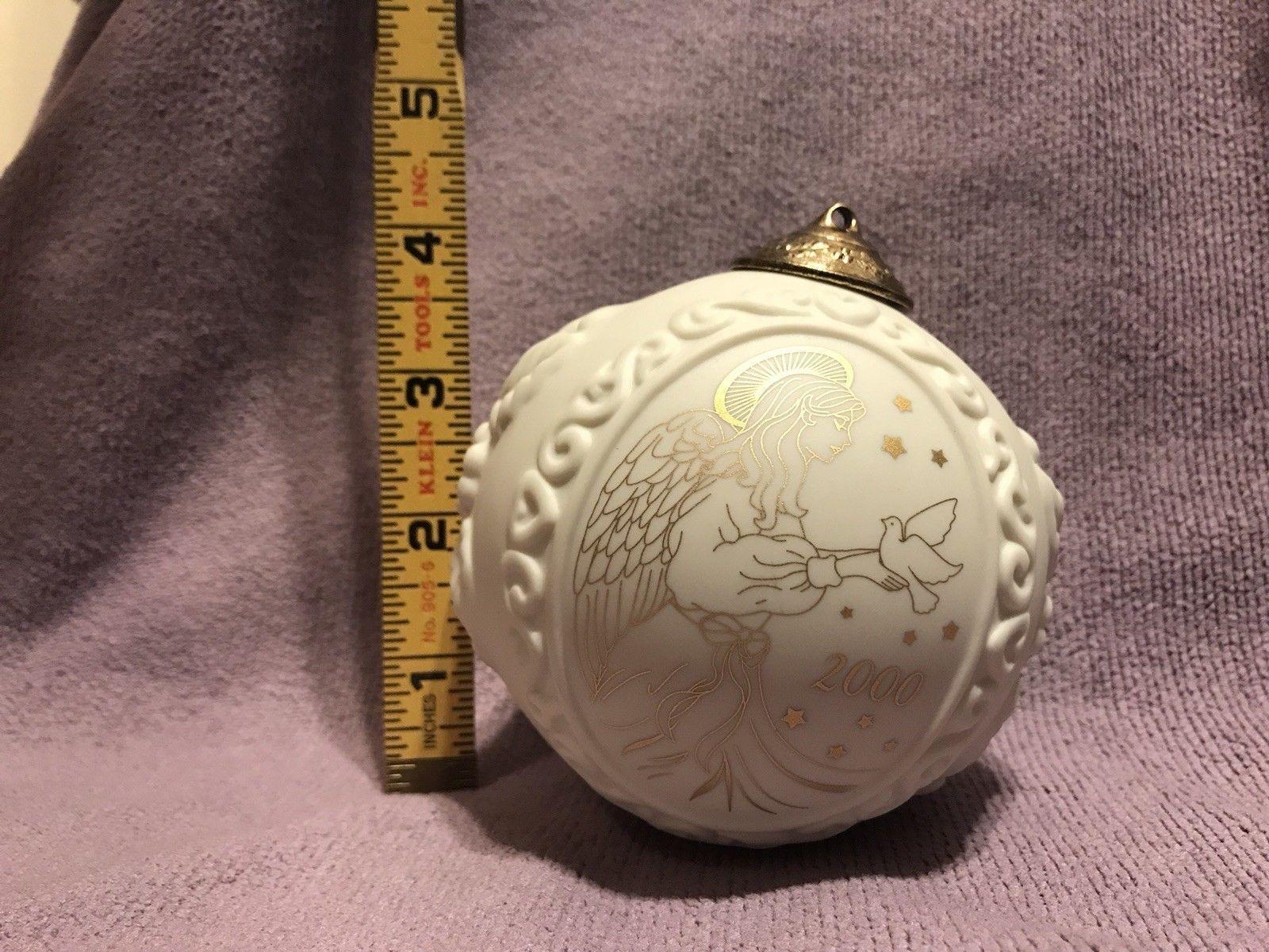 Wedgwood White Jasperware Year 2000 Ornament Christmas Ball with Gold Angel image 6