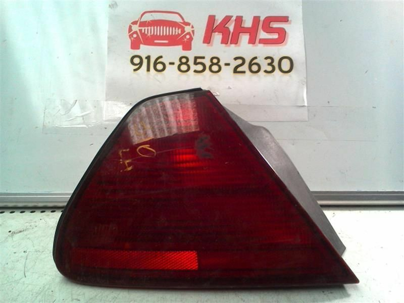Primary image for Driver Tail Light Sedan Quarter Panel Mounted Fits 01-02 ACCORD 316861