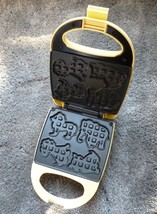 Nostalgia Animal Circus Waffle & Cookie Maker Dog, Cat, Elephant & Lion ... - €8,72 EUR
