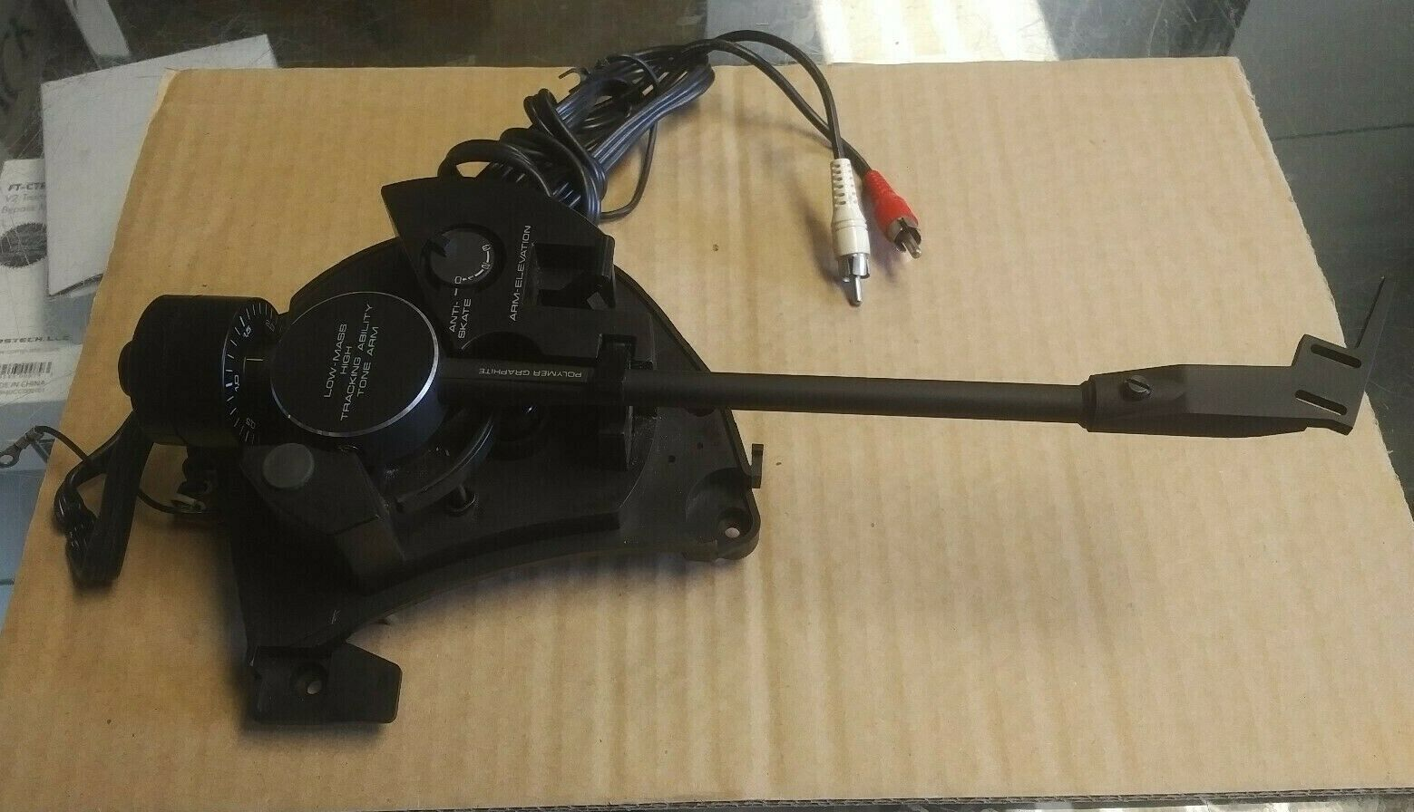 Pioneer Tone arm assembly for a Pioneer PL220 includes Head shell/Counterweight