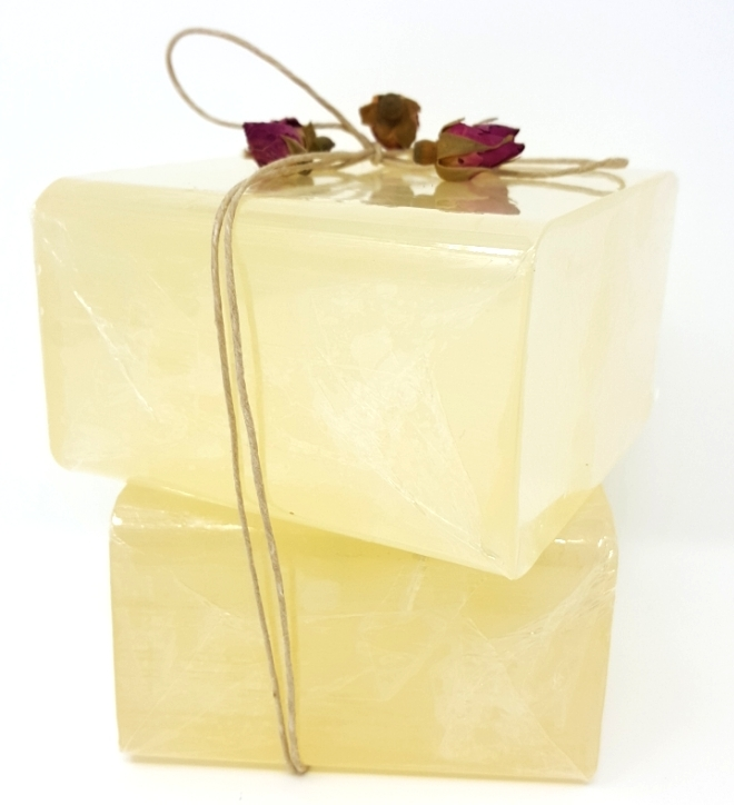 Primary image for 2 lbs LOW SWEAT SWEATING CLEAR 100% All Natural Melt And Pour Glycerin Soap Base