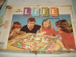 The Game of Life 1977 Milton Bradley Board Game 100% Complete - $29.69