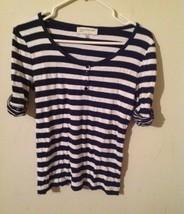 Jones new york striped shirt for woman, size medium, white blue color - $6.93