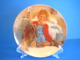 Annie & Sandy Plate Edwin Knowles China 1982 #15129B 1st Edition - $32.33