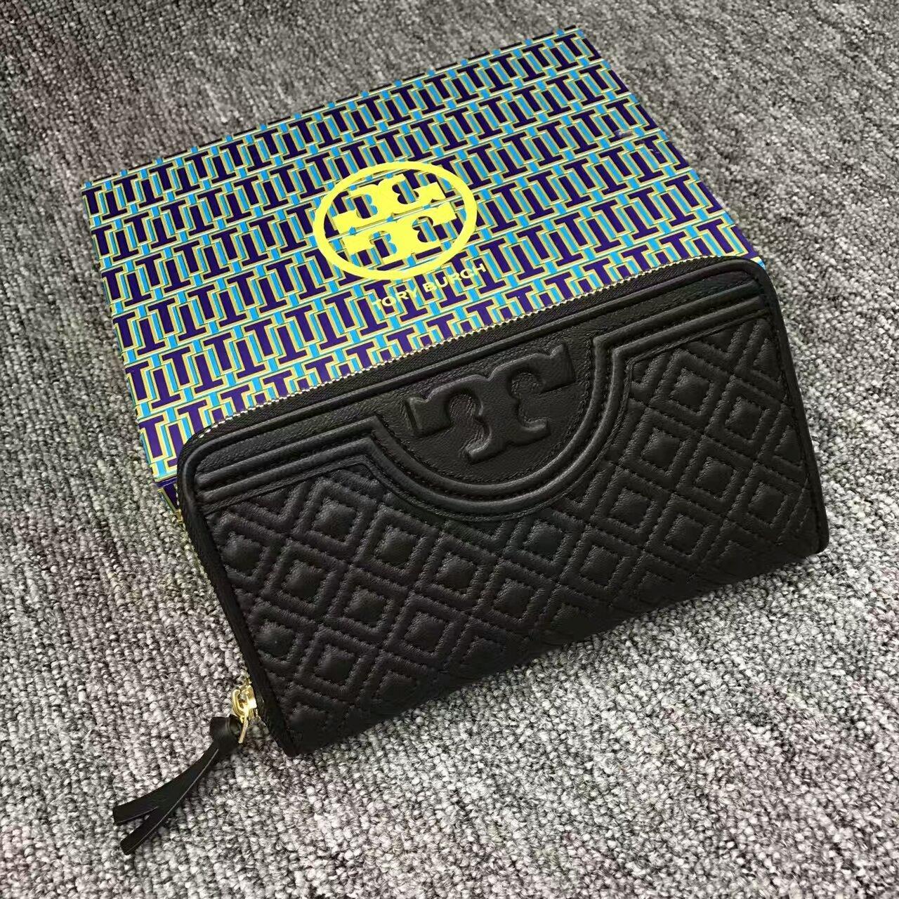 3f4ecf743f0c Mmexport1481900263020. Mmexport1481900263020. Previous. Black Tory Burch  Fleming Zip Continental Wallet · Black ...