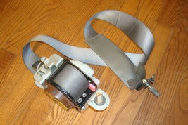 2006 Nissan Quest Oem Rear 2nd Row Right Seat Belt Gray 022318 - $59.99
