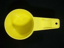 Tupperware Yellow Measuring Cup 1/2 Replacement Vintage - $5.89