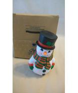 AVON CHRISTMAS SNOW MAN TOP HAT SALT AND PEPPER SHAKER, BNIB - $11.14