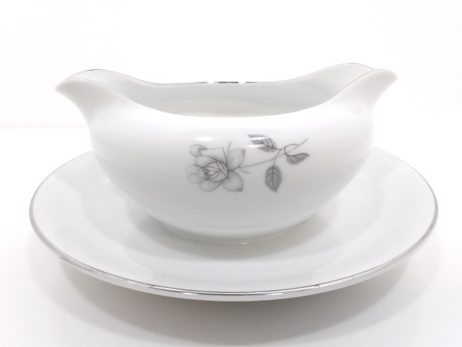 Queens Royal Gravy Boat With Attached Underplate Gray Rose & Bud Japan