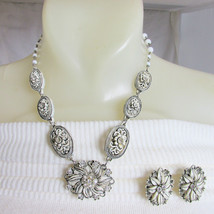 Vintage Black Tipped Cream Featherweight Bubbleite Necklace Earrings Rhi... - $67.50