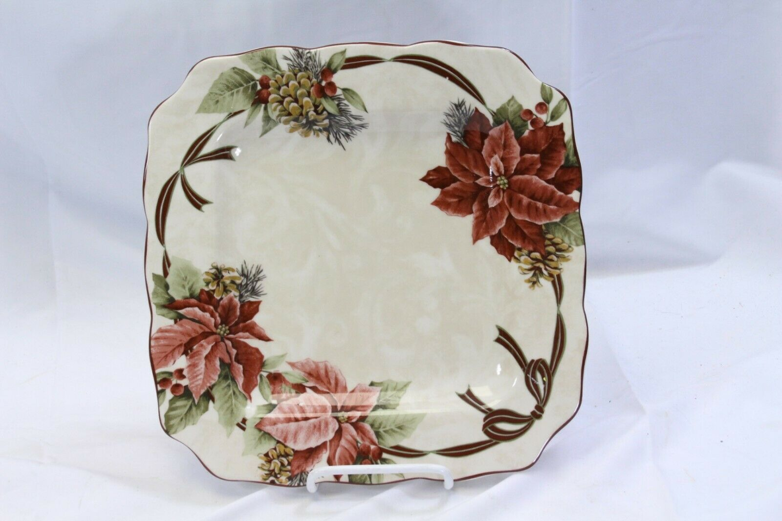 """222 Fifth Yuletide Celebration Poinsettia Square Dinner Plates 10.75"""" Lot of 6 image 2"""