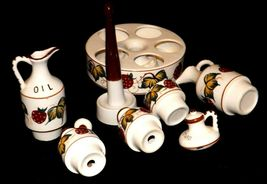 Ceramic Oil, Vinegar, Mustard, Salt, and Pepper on a Caddie AA19-1640 Vintage image 4