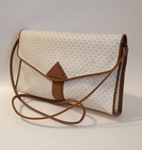Liz Claiborne Shoulder Bag Purse Tan Leather Trim Off White Handbag Tote Lined - $30.00