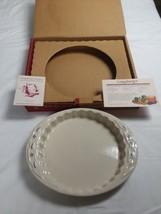 Longaberger Pottery Quiche Dish 1 Qt - $19.99