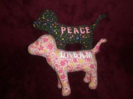Victorias Geheimnis Pink Hund Packung mit 2 Blumenmuster Dream Peace Plüsch - $14.09