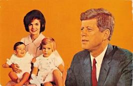 PRESIDENT JOHN F KENNEDY  & FAMILY-JACQUELINE-CAROLINE-JOHN JR. POSTCARD... - $7.54