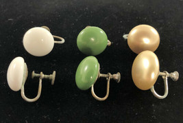 3 Vintage Screw-Back Button Cabochon Earrings glass and faux peachpearl - $19.79