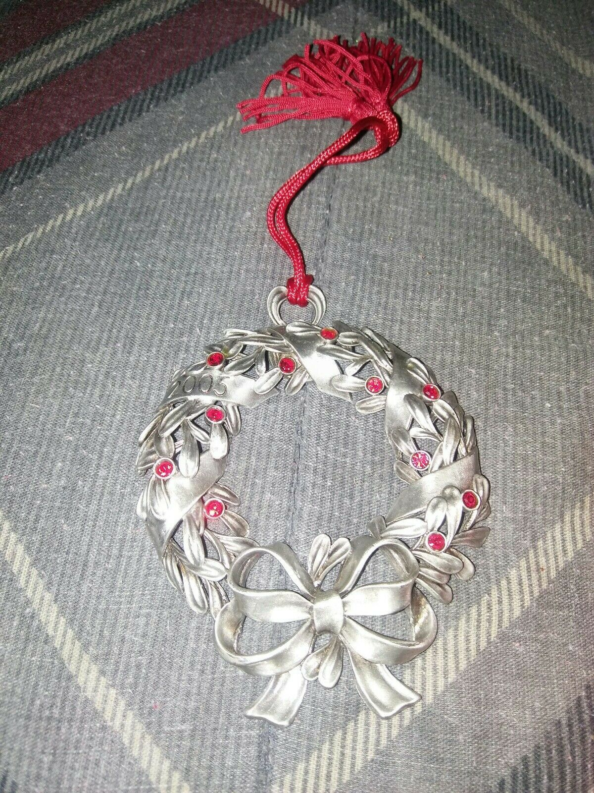 "2005 AVON PEWTER ""RED RHINESTONE WREATH"" CHRISTMAS ORNAMENT image 2"