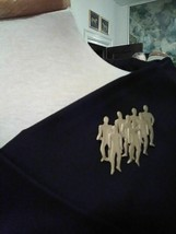 VINTAGE GOLDEN PIN BROOCH MODERN MATTE FINISH HUMANS SCULPTURE - $20.00