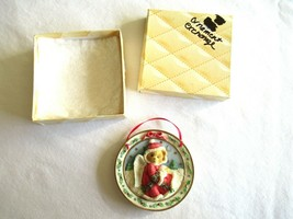 Cherished Teddies Season Of Peace Hanging Plate Christmas Ornament 1996 Enesco - $4.99