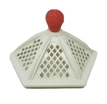 VINTAGE 1981 STRAWBERRY SHORTCAKE GARDEN HOUSE REPLACEMENT ROOF PART / P... - $13.10