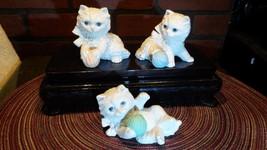 HOMCO Set of 3 Porcelain White Cat Kitten Figurines w Yarn  #1410 - $11.85
