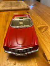 1/18 scale die cast model ANSON Mercedes Benz 280 SL convertible red image 4