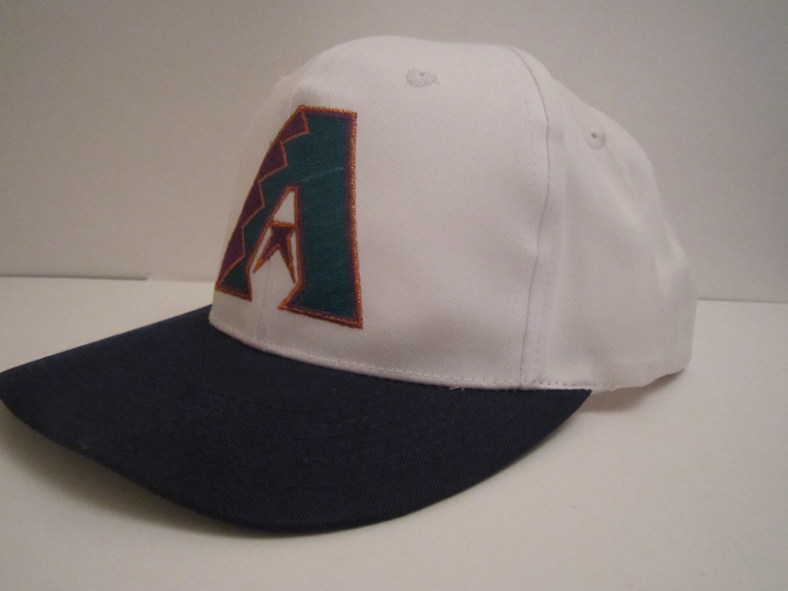 Primary image for Arizona Diamondbacks Vintage Late '90's MLB Cotton Ball Cap by New Era