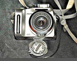 Fujifilm FinePix 2800 Zoom 2.0 MP Digital Camera Silver Vintage AA19-1389 image 7