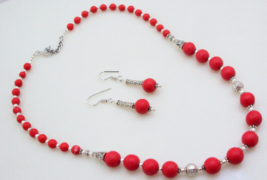 Coral Beaded Necklace Jewelry 41 Gr. f-25 - $5.93