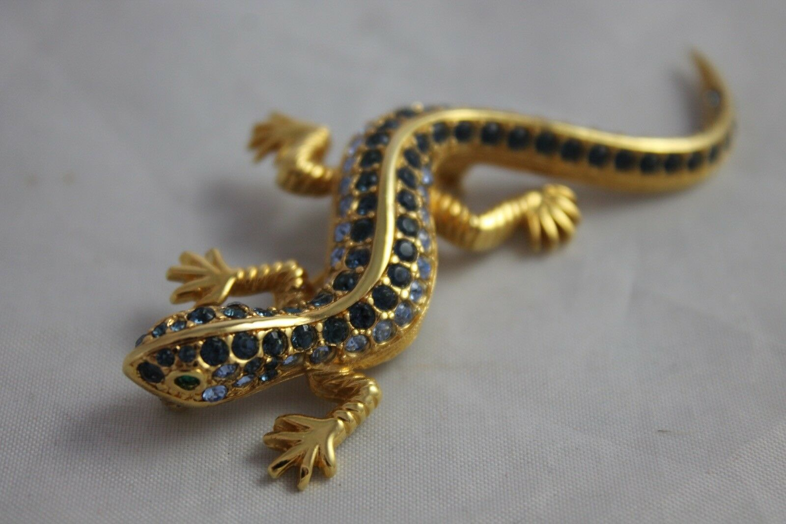 Primary image for Vintage Jewelry Brooch Figural Lizard Rhinestone Pin Blue Green Crystal