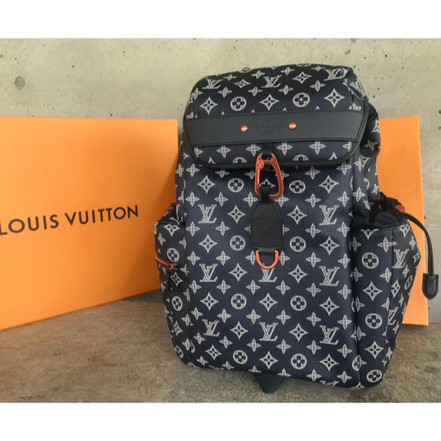 8dc96507f60d Louis Vuitton Lv Discovery Bag Backpack and 50 similar items