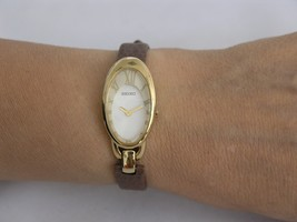 Seiko womens watches gold case  SUJE50 - $172.17 CAD